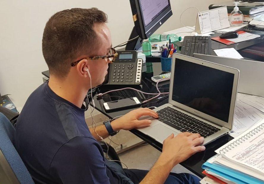 Damaso al lavoro nella sede Uici di Ascoli Piceno e Fermo